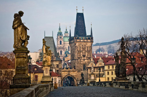 dostoprimechatelnosti-Prague-karlov-most